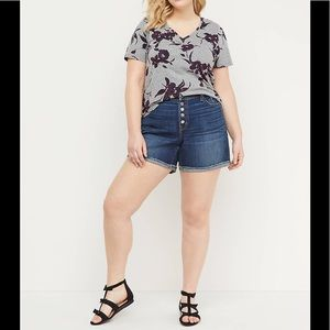 High waisted 4 button jegging shorts!!!
